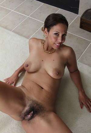 milfs with big nipples porn and hot naked moms