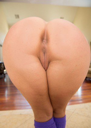 naked mom with big penis