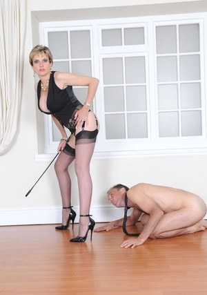 image Hot milf lady sonia squirts all over while being watched